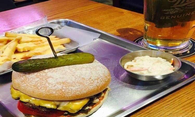 Piz Burger |  Yongsan-gu, Seoul