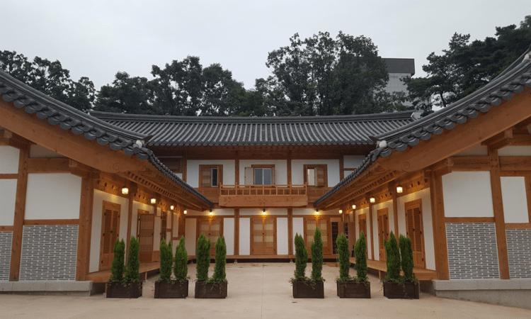 Bongeunsa Temple Stay   Gangnam-gu, Seoul