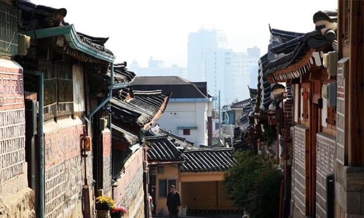 Bukchon Hanok Village   Jongno-gu, Seoul