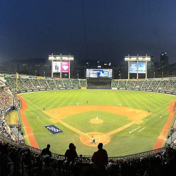 Jamsil Baseball Stadium   Songpa-gu, Seoul
