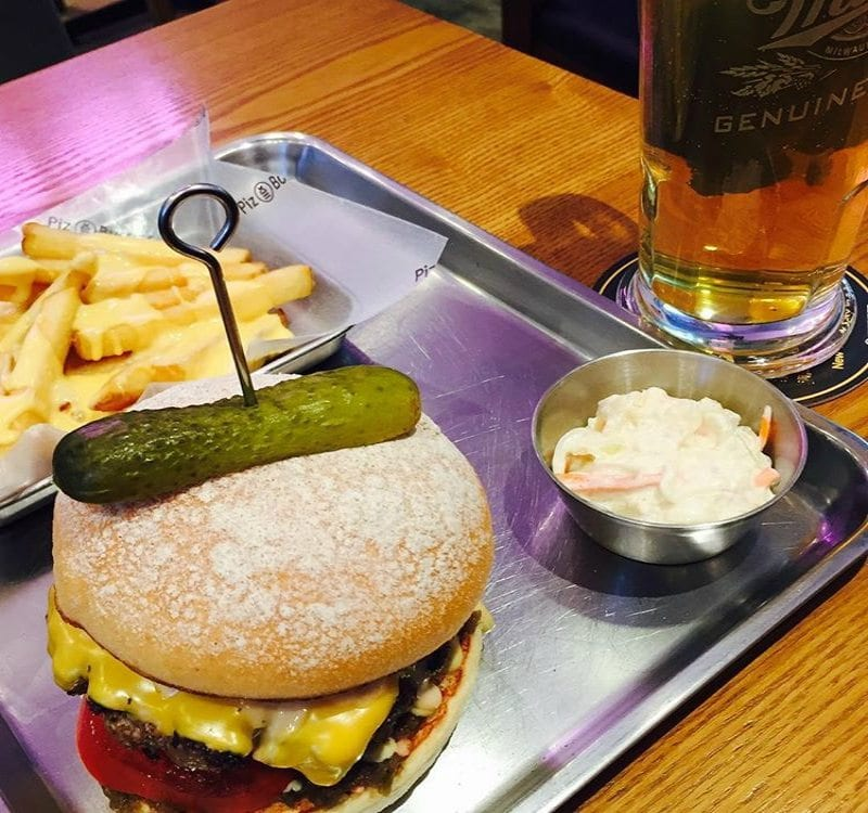 Best Burger Restaurants in Seoul - Piz
