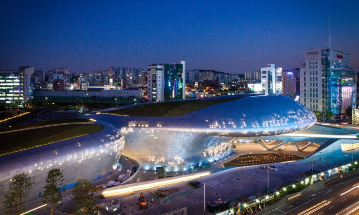 modern Contemporary Architecture Spaces In Korea dongdaemun-design-plaza