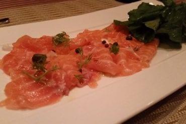 Le Panier Bleu. salmon carpaccio