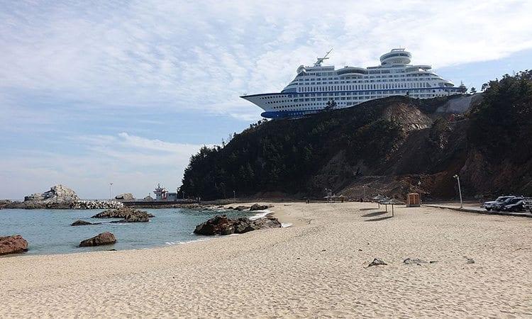 Jeongdongjin-beach-Gangneung-gangwon-do