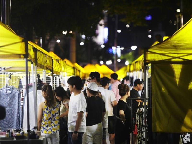 Dongdaemun Yellow Tent Open Market