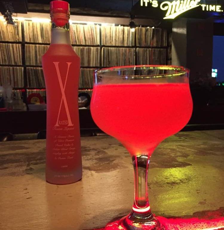 http://kodexx.10mag.com/south-korea/lp-music-pub-7th-avenue-itaewon/