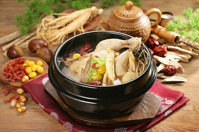 korean delicacies for the summer chicken soup