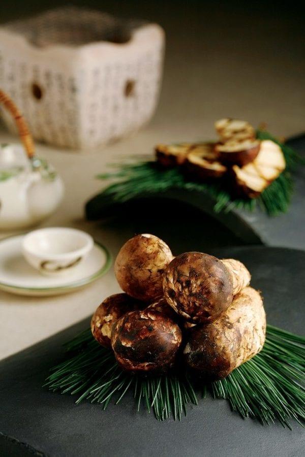 belle essence pine mushroom