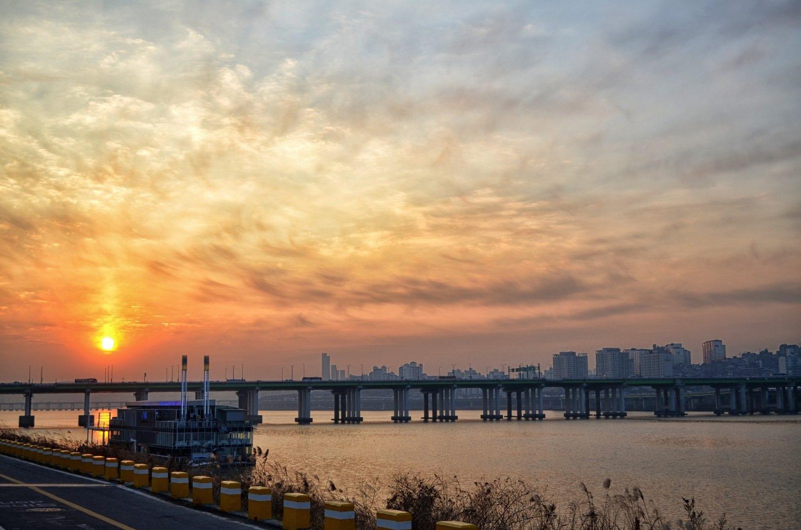 Nightlife in Seoul Han River