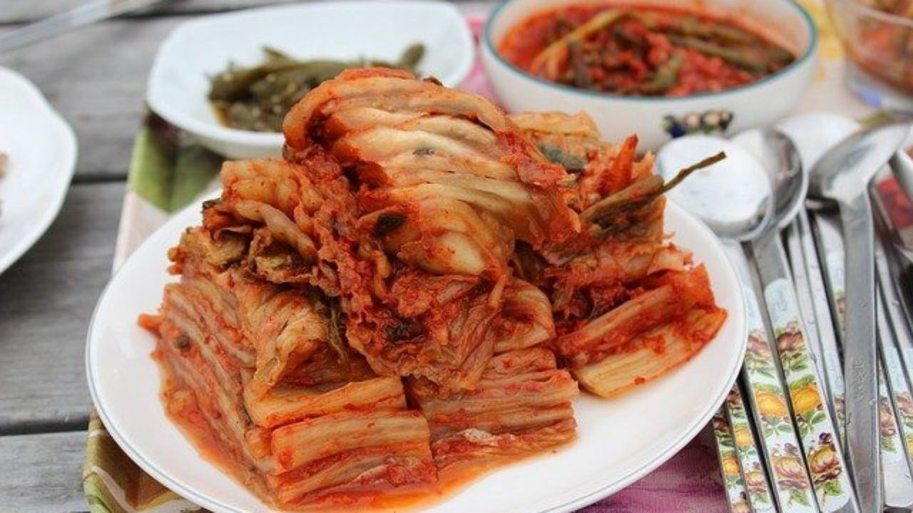 10 Health Benefits Of Kimchi According To Science | 10