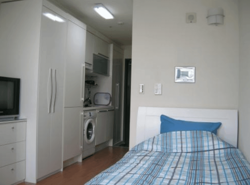 college life in korea one room