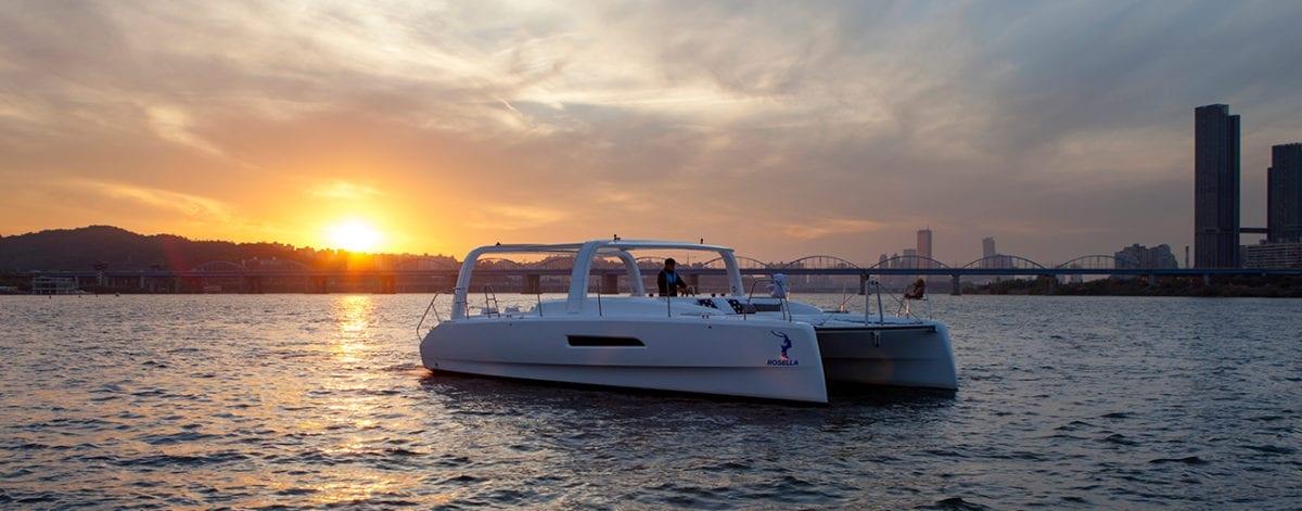 catamaran yacht hangang yachting yacht festival summer han river golden blue marina banpo hangang park