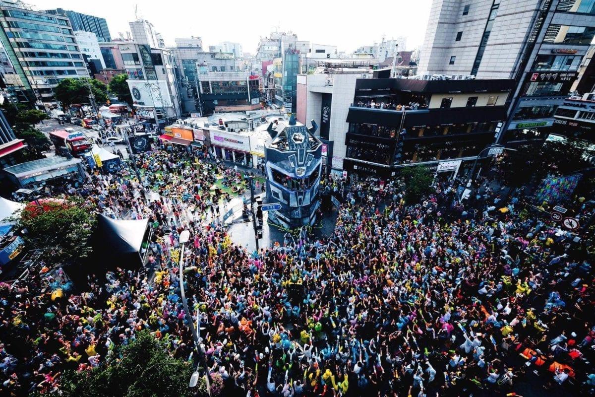 sinchon water festival korea seoul shinchon