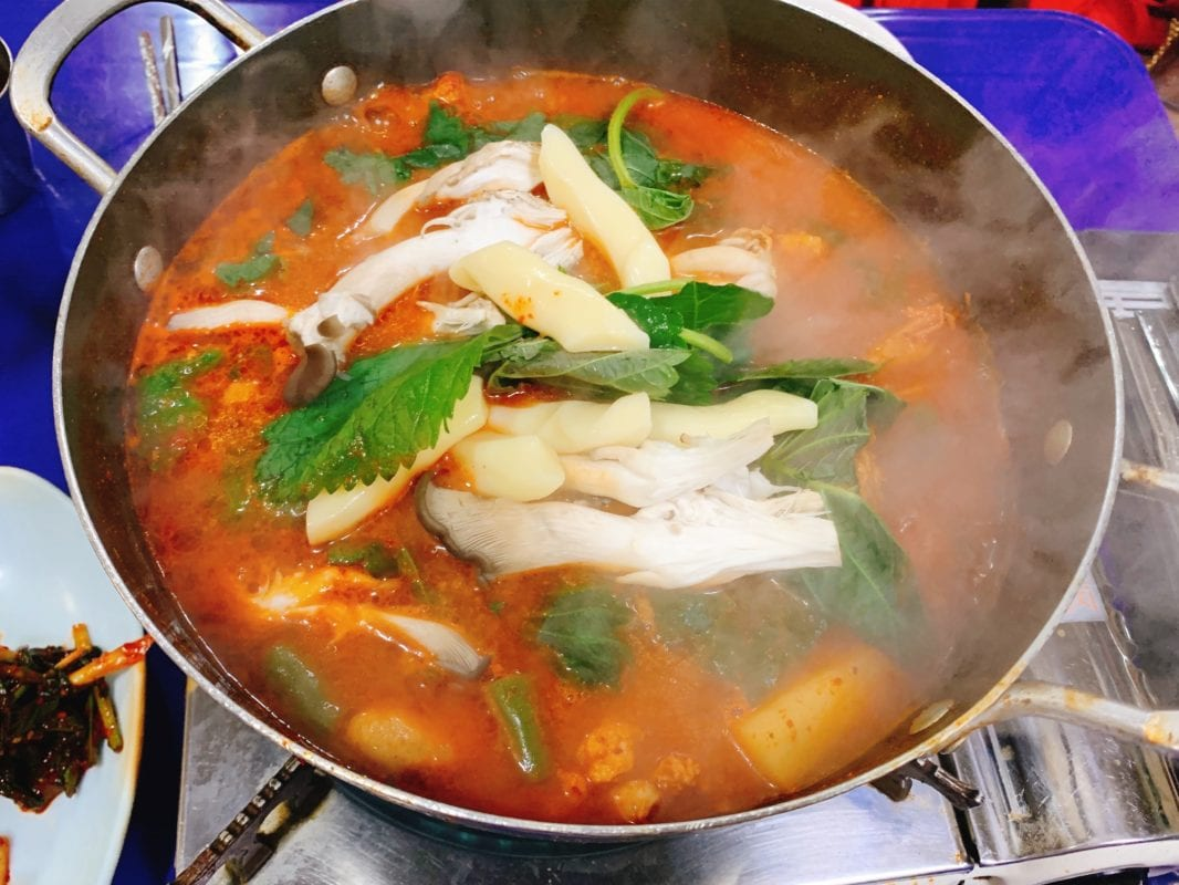 dakbokkeumtang dakdoritang chicken stew seoul