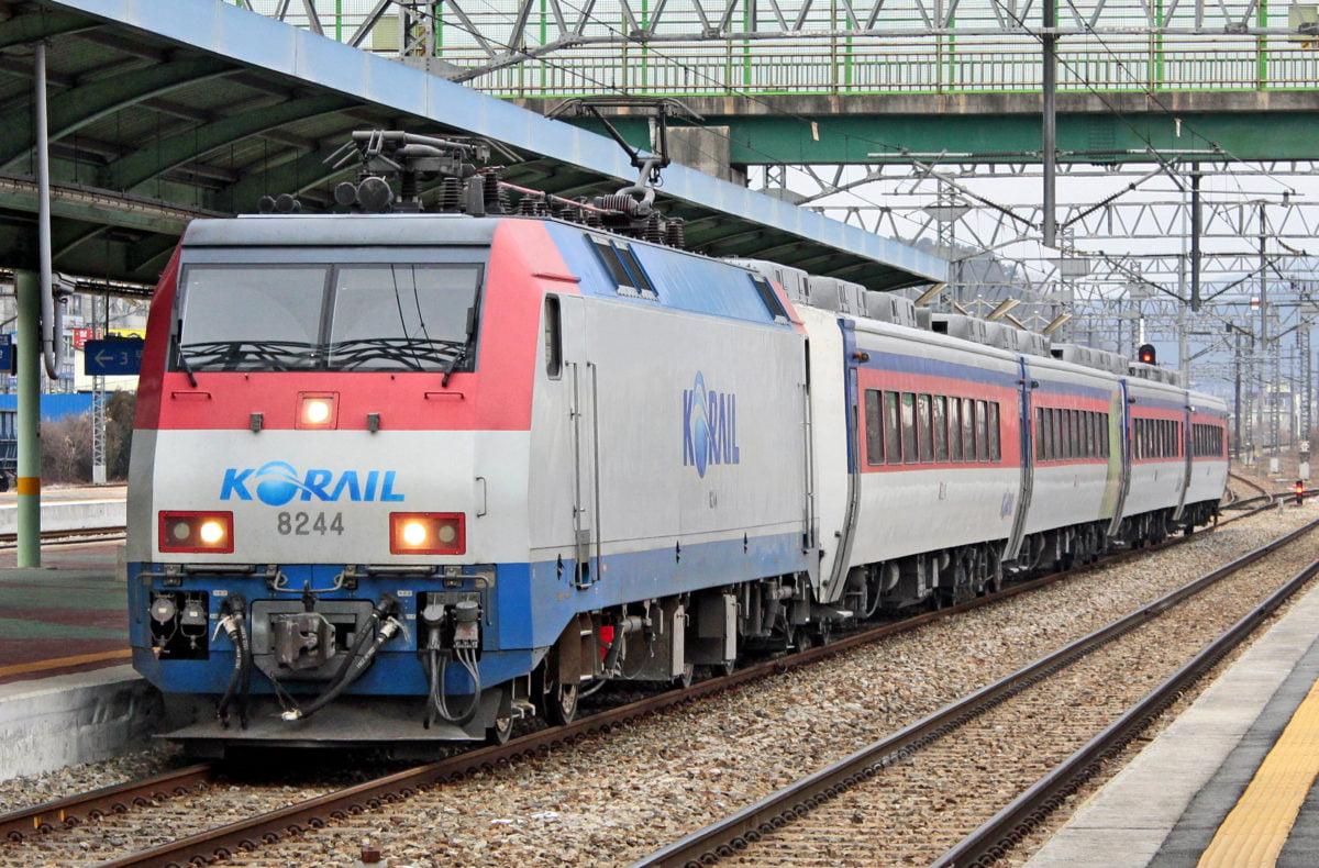 Korea Mugunghwa train