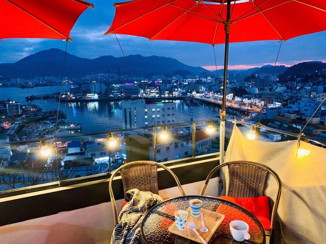 Cafe overlooking harbor in Tongyeong Korea