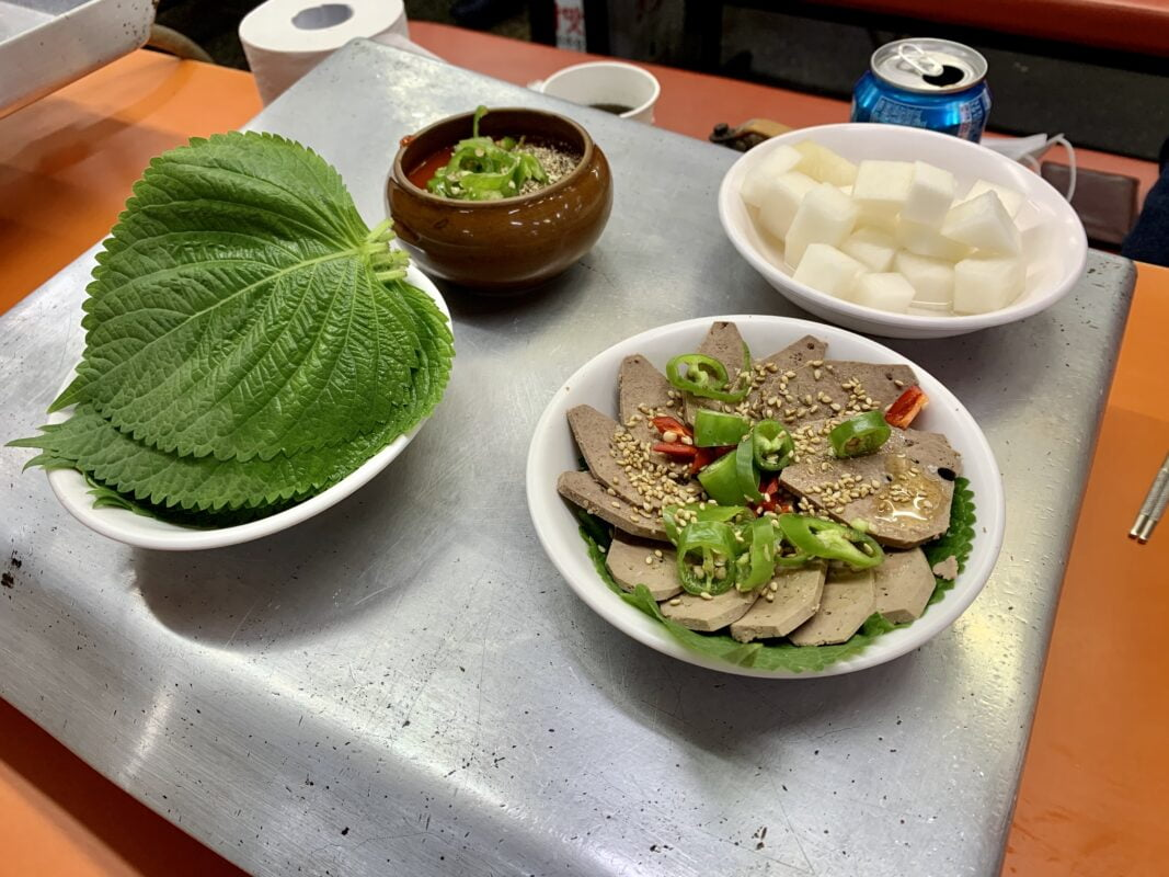 Side dishes at Sillim Sundae Town