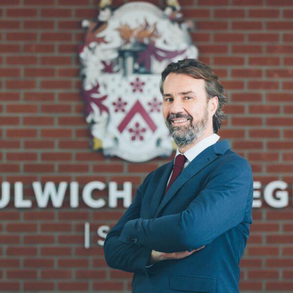 dulwich college seoul Gudmundur Jonsson